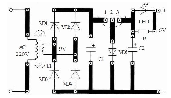当蓄电池冲至≥6v时,发光二极管led呈反偏而熄灭,充电停止,表示充电