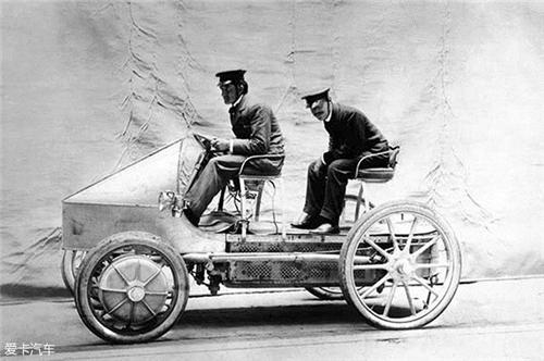 混合动力汽车,纯电动汽车,动力电池,保时捷