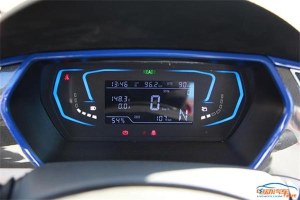 知豆d2,芝麻e30,电动汽车,续航里程,充电