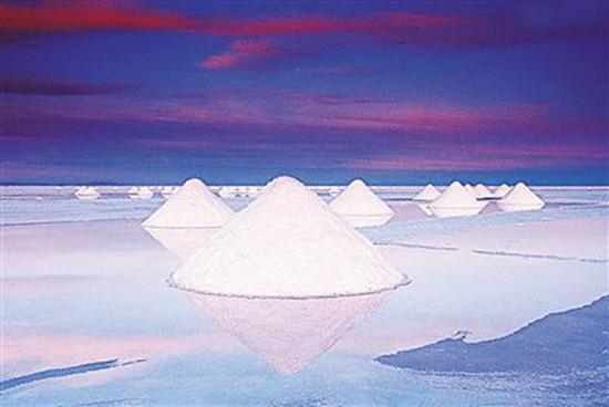 因此,围绕盐湖锂资源开发,进而带动正负极材料,储能电池,动力电池等